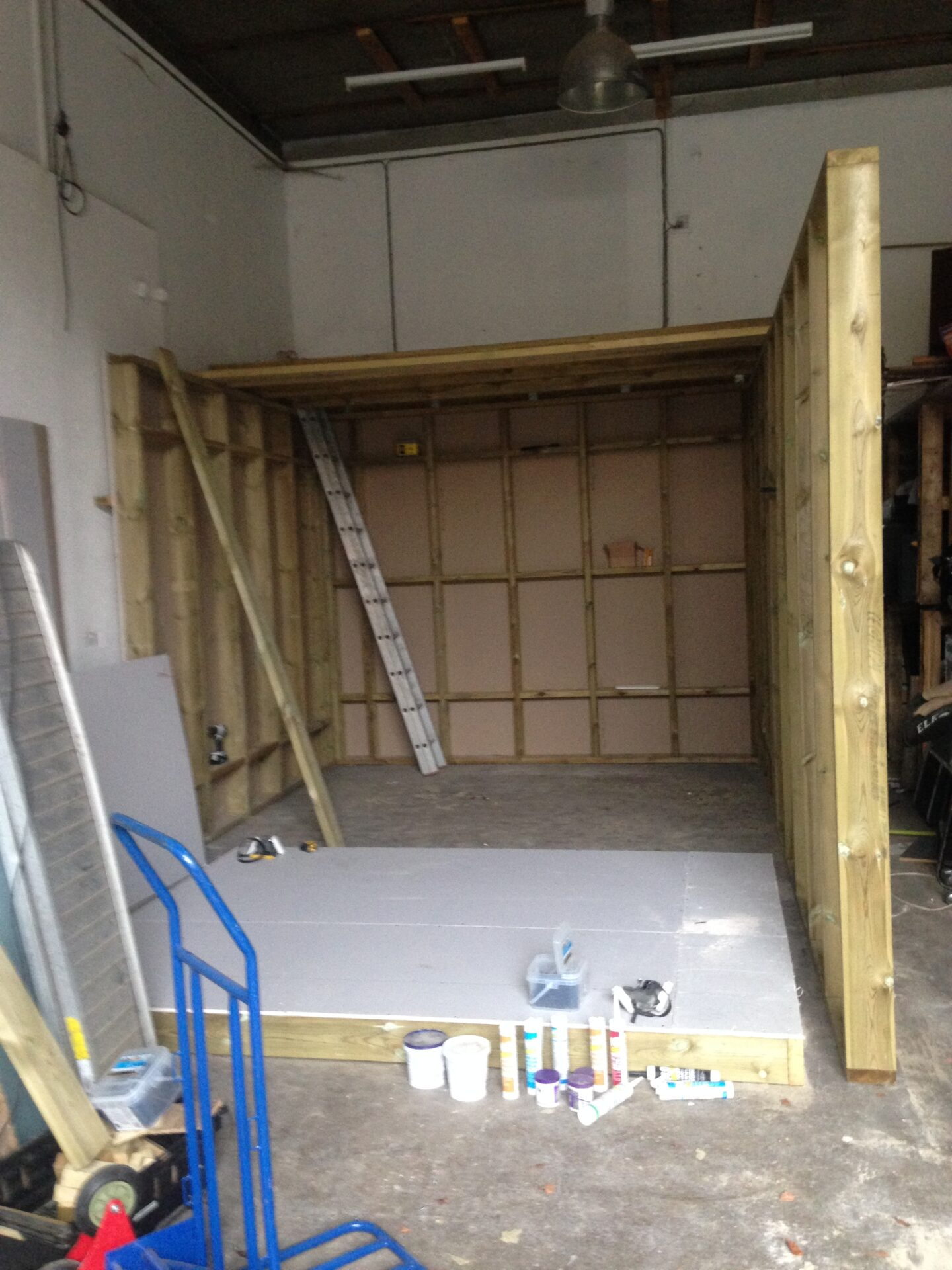 Soundproof wall construction